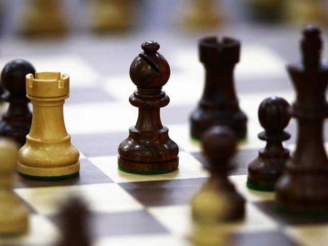 Драма в Лондоне: Иванчук обыграл Крамника и вывел Карлсена на первое место