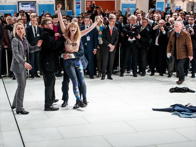 Акция FEMEN в Ганновере. 8 апреля 2013 года