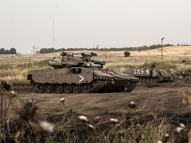 "На базе ""Цеэлим"" перевернулся танк, ранен военнослужащий"