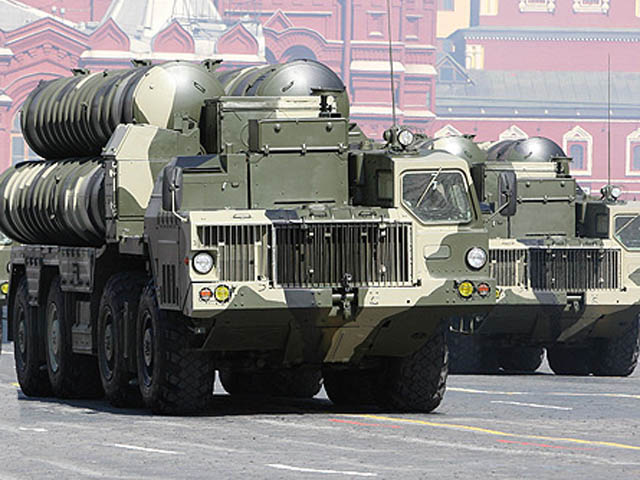ЗРК С-300 на параде в Москве