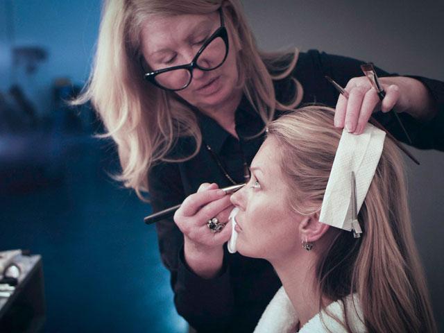 Кейт Мосс во время съемок рекламы St.Tropez