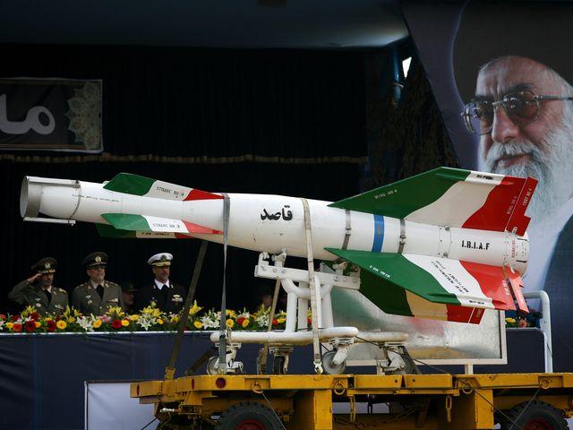 На военном параде в Тегеране