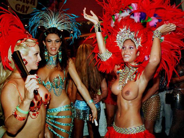 Карнавал-2002