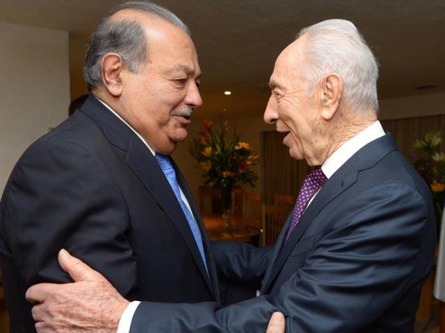Карлос Слим и Шимон Перес. 28 ноября 2013 года