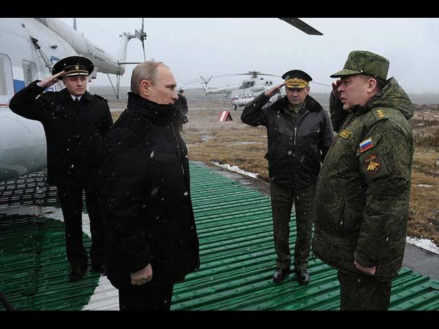 Прибытие Путина на полигон Кирилловский. 3 марта 2014 года