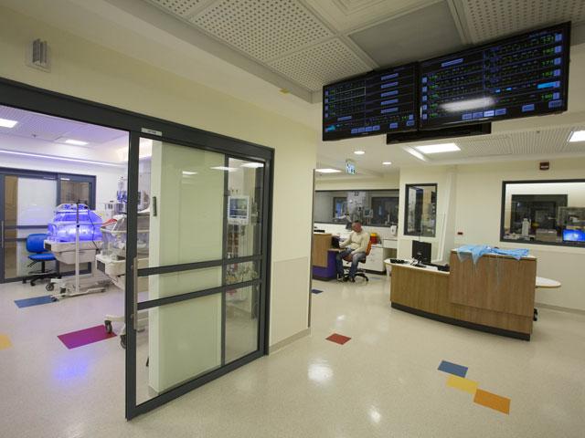 38% полагают, что медицинский туризм из-за рубежа наносит ущерб медицинскому обслуживанию граждан Израиля, 37% не согласны с таким мнением