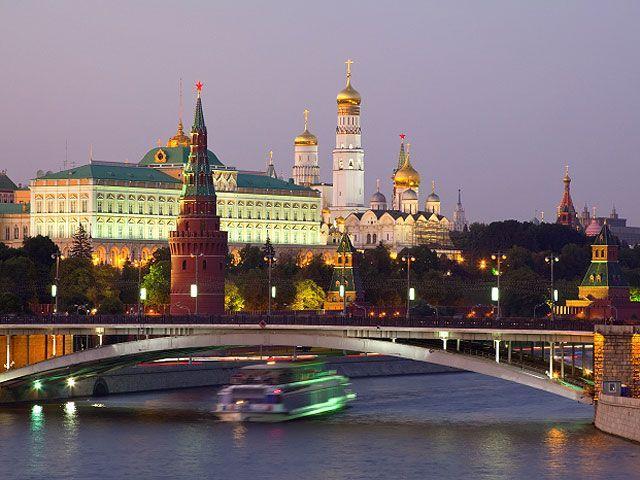 """Россия готова """"защищать свою экономику"""" после подписания соглашения Украины с ЕС"""