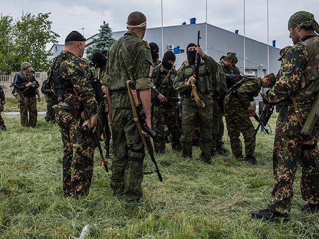 """WSJ: американские спецслужбы полагают, что ЗРК """"Бук"""" переданы главарям ДНР Россией"""