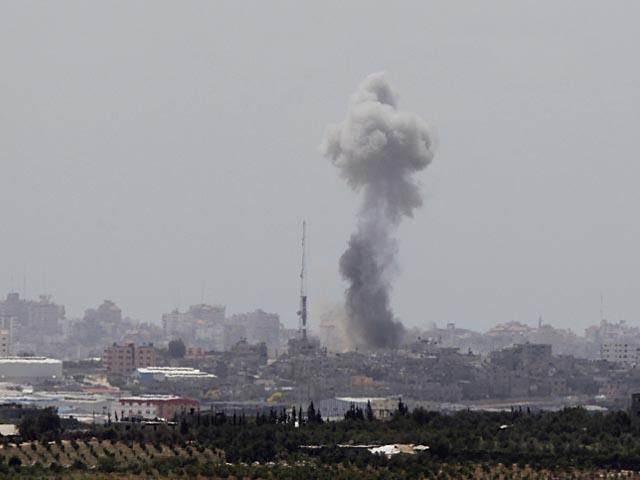 ЦАХАЛ атаковал дом члена политбюро ХАМАС в Газе