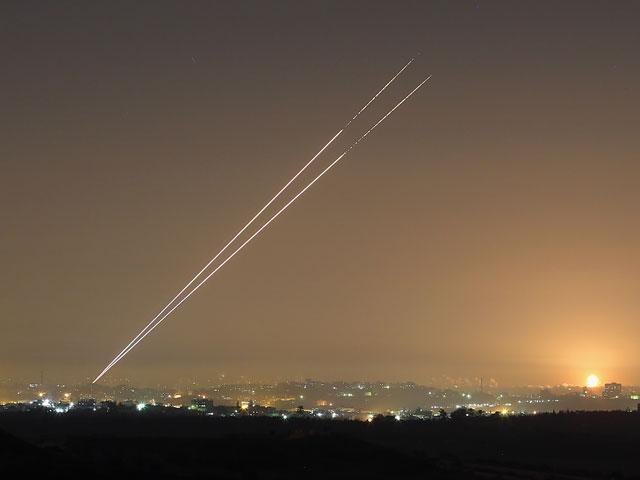 """""""Цева адом"""" в Ашдоде, Ницаним, Явне, Ган-Явне: две ракеты упали в Ашдоде"""