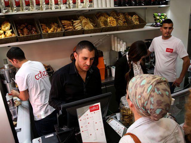 Мэрия Тель-Авива разрешила 165 магазинам работать по субботам и праздникам