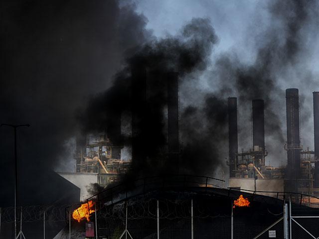 На двух заводах в кибуце Эйн Харон произошел пожар