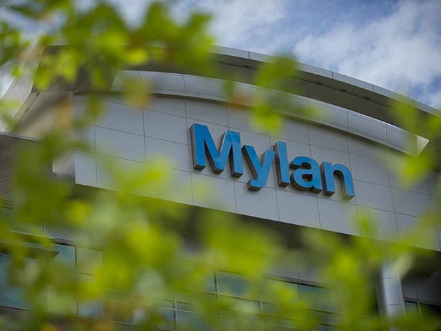 """Компания Mylan отказалась от сделки с израильским концерном """"Тева"""""""