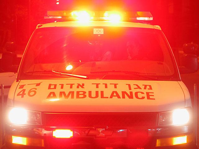 Автомобиль скорой помощи сбил женщину-пешехода в Ашдоде