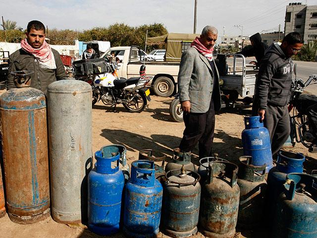 В сектор Газы перед праздником Рош а-Шана доставлен трехдневный запас газа