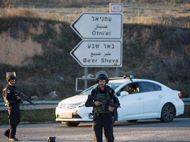 На месте теракта возле поселения Отниэль. 13 ноября 2015 года