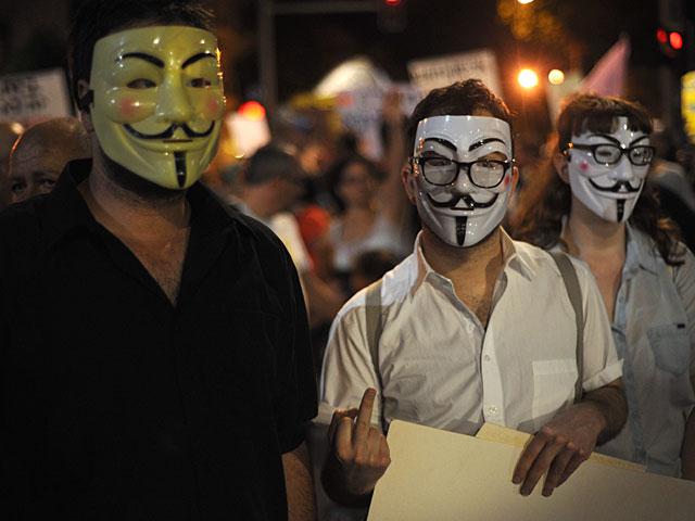 Anonymous заявили о взломе свыше 5.500 аккаунтов исламистов в Twitter