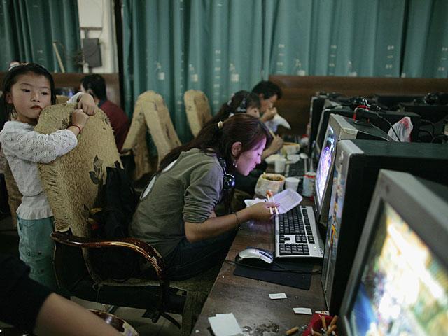 Юная китаянка бежала из дома и десять лет скиталась по интернет-кафе