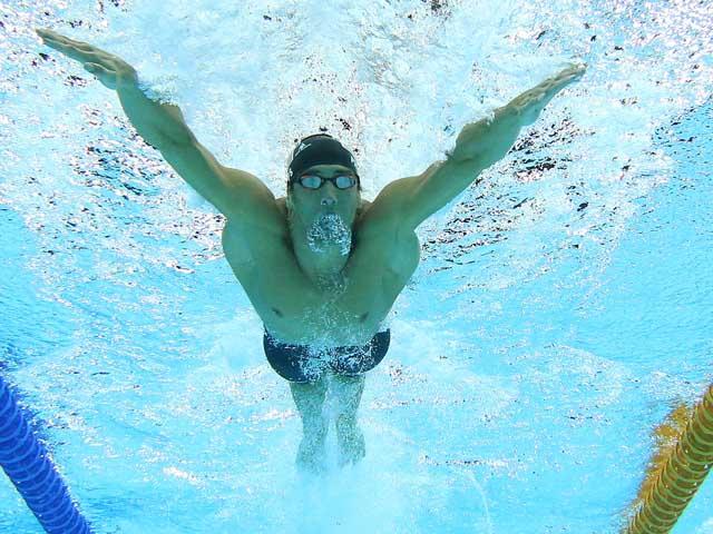 СМИ: Майкл Фелпс может сменить плавание на стриптиз