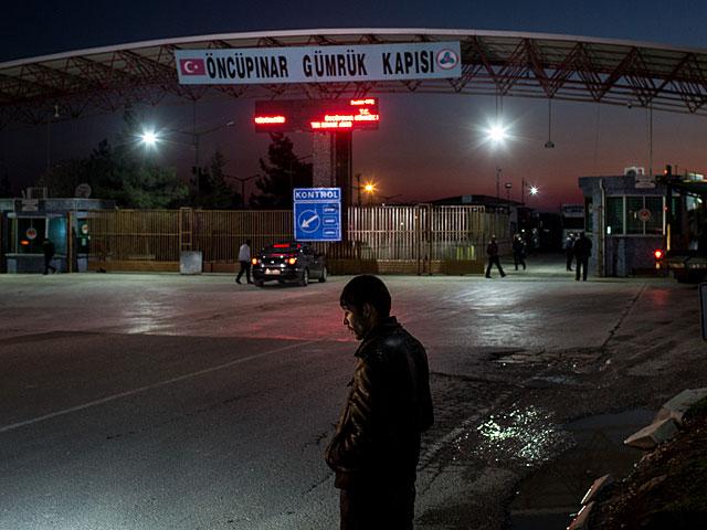 Турецкие силы безопасности задержали израильского журналиста, приняв его за шпиона