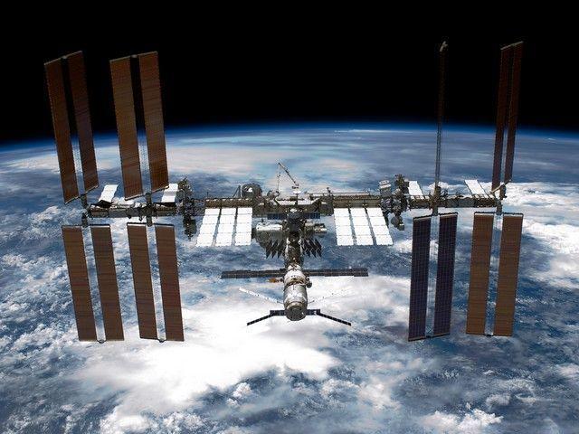 Грузовой корабль Cygnus пристыковался к МКС с часовым опозданием
