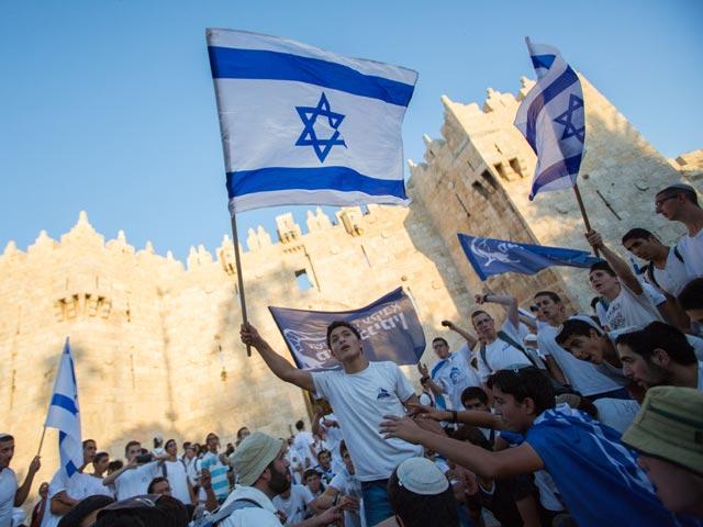 """Марш с флагами: в Иерусалиме разбросаны """"фальшивые флаеры"""""""