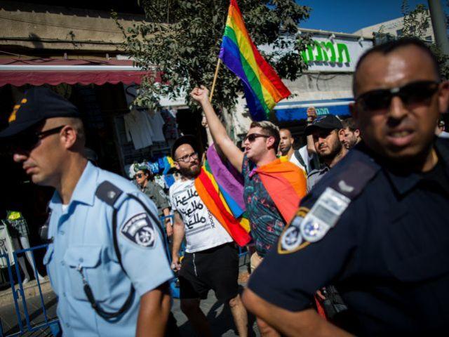 Организаторы гей-парада в Беэр-Шеве подали иск в БАГАЦ, требуя разрешить марш по центральной улице города