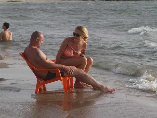 """Необычно быстро заканчивается """"сезон медуз"""" около побережья Израиля"""