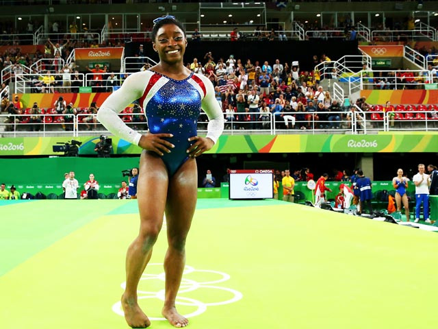 Спортивная гимнастика: Байлс – чемпионка, Райзман – вторая, Мустафина – третья