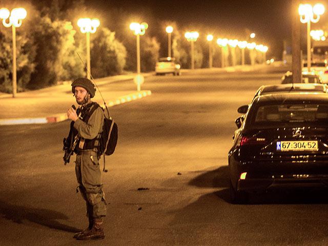 Возле поселения Халамиш обстрелян израильский автомобиль, водитель ранен