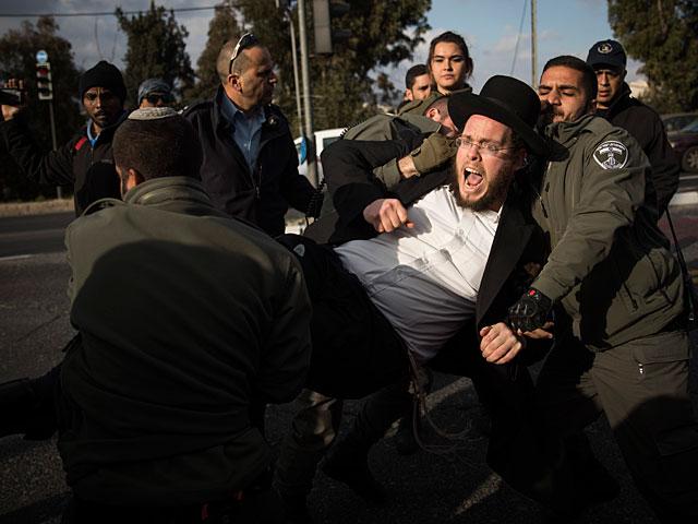 На перекрестке Месубим задержаны ультраортодоксы, пытавшиеся блокировать шоссе