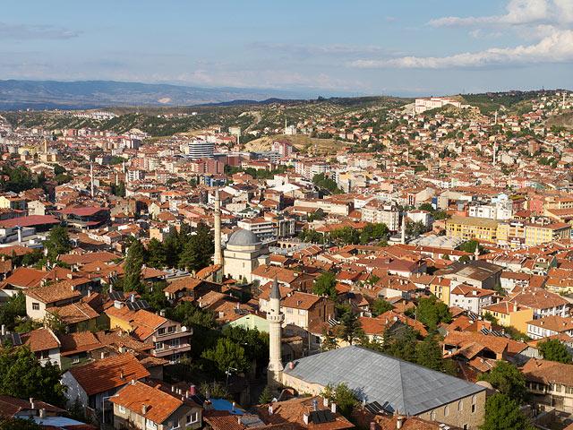 В одном из городов Турции с минарета вместо призыва к молитве прозвучал порнофильм. ВИДЕО