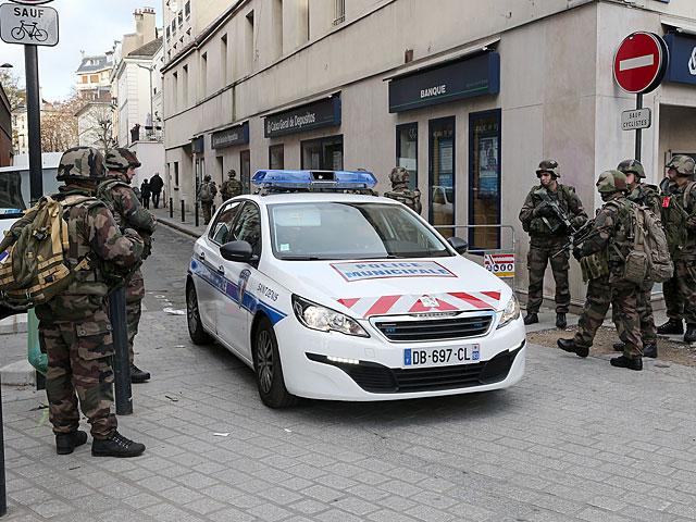 Подозрение на теракт в Париже: один человек убит и двое ранены