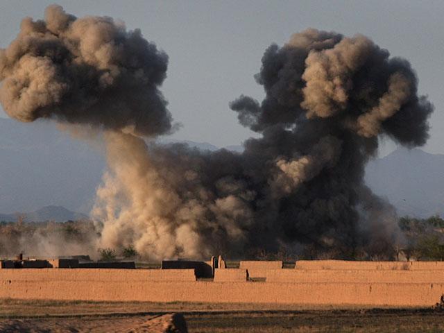 Самолеты коалиции во главе с США нанесли удар по колонне войск Башара Асада