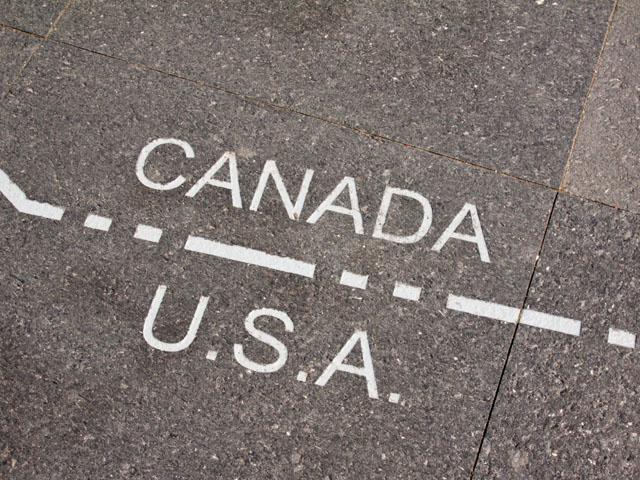 """Бисексуал из Ганы """"заплатил"""" за убежище в Канаде пальцами на обеих руках"""