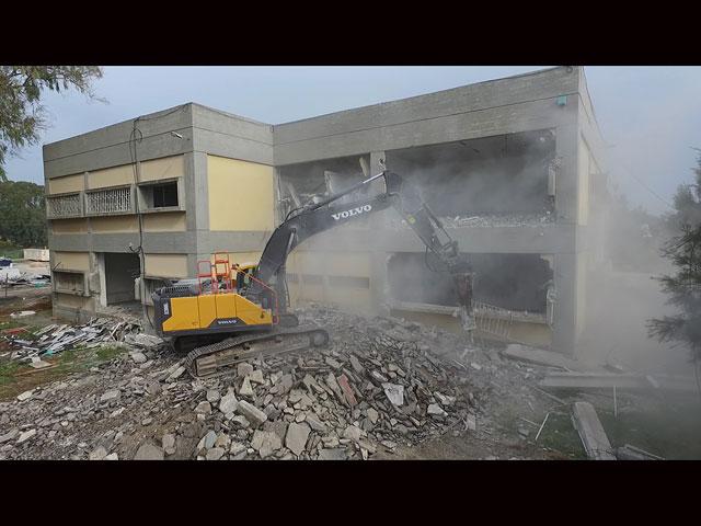 Министерство обороны завершило эвакуацию большой тренировочной базы в Црифине
