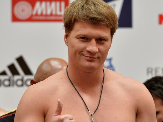 В Москве россиянин Александр Поветкин победил украинца Андрея Руденко