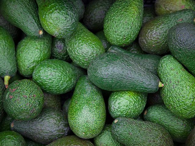 МАГАВ предотвратил хищение двух тонн авокадо
