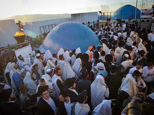 Празднование Лаг ба-Омера на горе Мерон