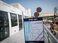 На бульваре Ротшильда в Тель-Авиве установлена модель метротрамвая
