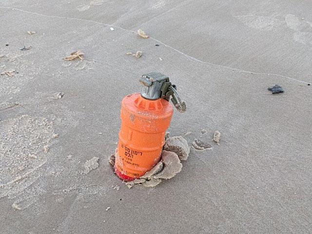 На одном из пляжей в Герцлии была обнаружена шоковая граната