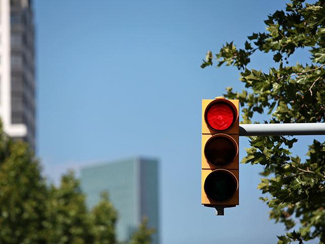 Из-за перебоев в электроснабжении на севере Тель-Авива поломались светофоры