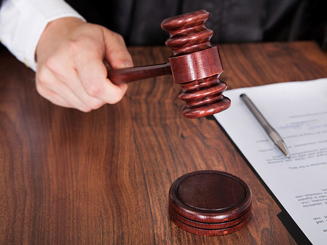 Сиделка приговорена к 14 месяцам тюрьмы за нападение на подопечную