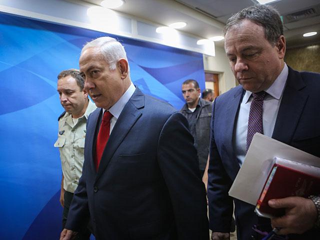 """Военно-политический кабинет распорядился прикрыть Израиль """"Железным куполом"""""""