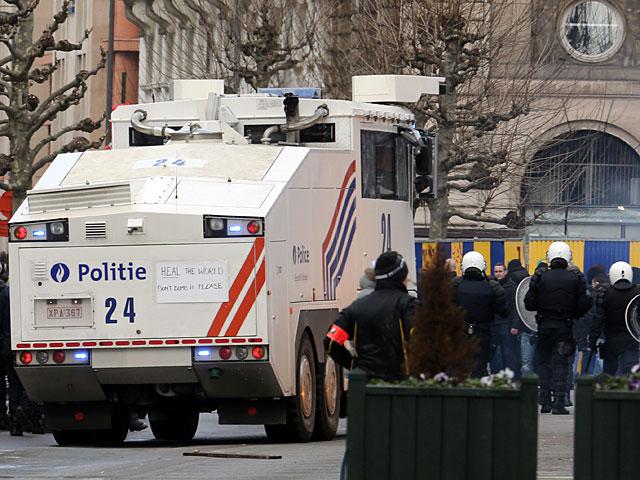 Беспорядки в центре Брюсселя: задержаны 16 человек, 22 полицейских ранены