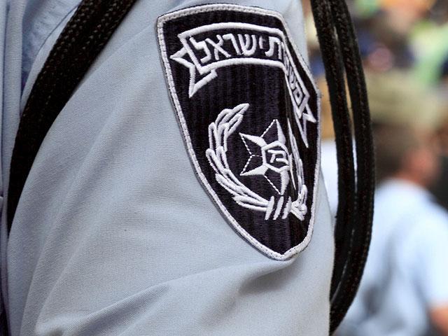 Офицер полиции приговорен к двум годам тюрьмы за взятку