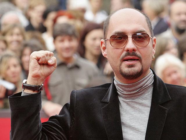 Режиссера Кирилла Серебренникова могут оставить под домашним арестом до апреля