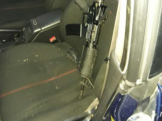 Полиция задержала двух жителей района Вади-Ара, изъяв у них оружие и боеприпасы