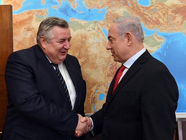 В Израиле с официальным визитом находится советник по нацбезопасности Венгрии
