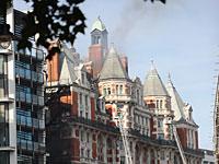 Пожар в центре Лондона: горит пятизвездочный отель Mandarin Oriental